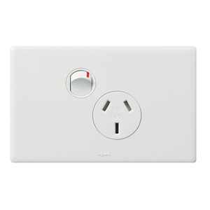 Legrand Electricals POWERPOINT 1 GANG 10A 250V WH