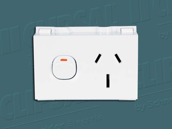 Clipsal SWITCHED SOCKET OUTLET 250V 15A 3PIN 4MD