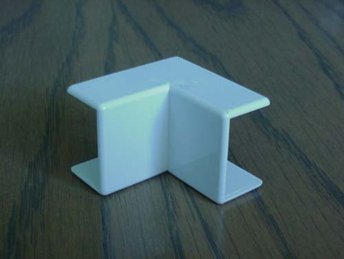 Aussie Duct ANGLE MINI INTERNAL  25MM X 16MM WHITE